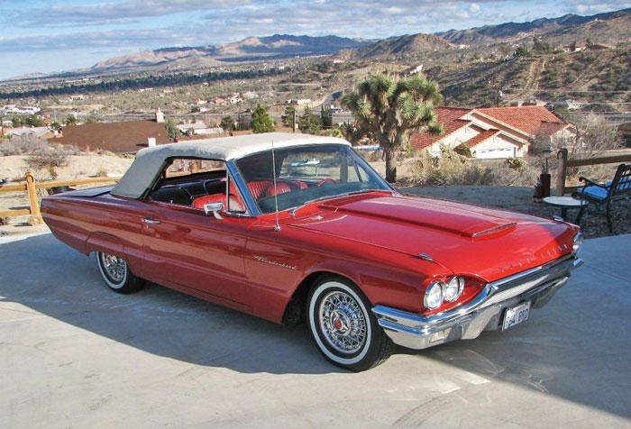 Mobil Soekarno, Ford Thunderbird Generasi Ke Empat